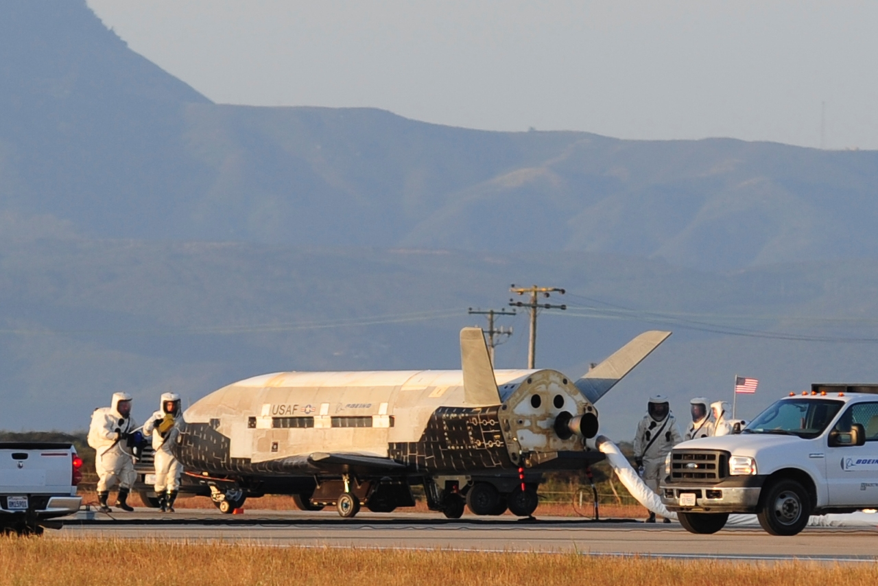 US military's robot space plane lands back on Earth