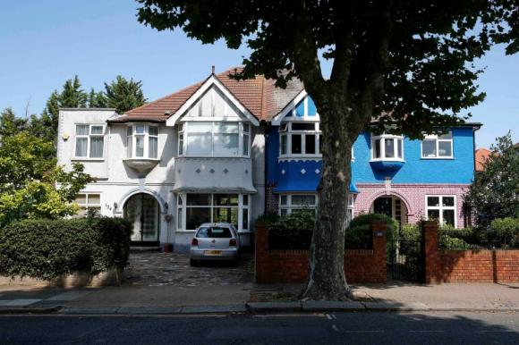 UK house prices growth to slow in 2015 - RICS