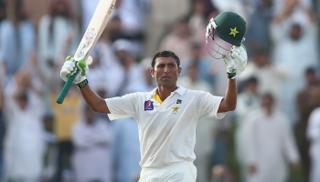 3 centuries in a row 422 runs in three innings